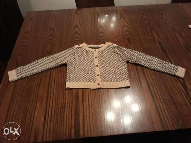 Girl's pullover size 2-3 years