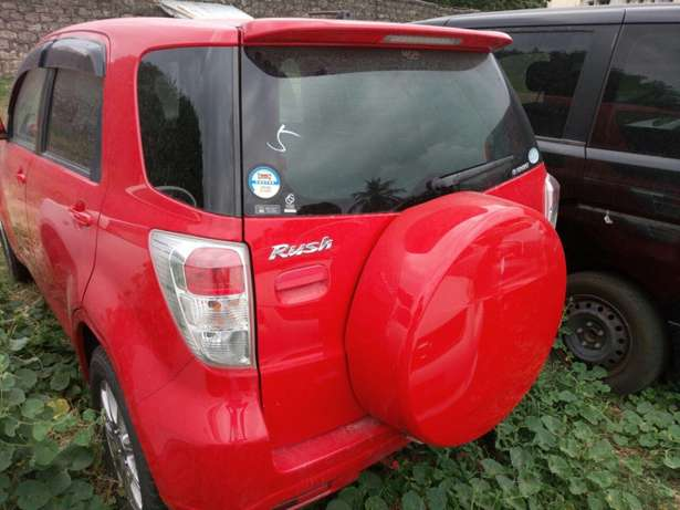 Toyota Rush KCN number 2010 model loaded with alloy rims, good m Mombasa Island - image 4