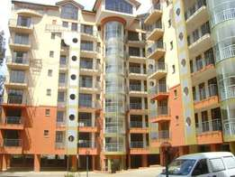 Spacious 5br +Sq penthouse to let in kilimani for 190k.