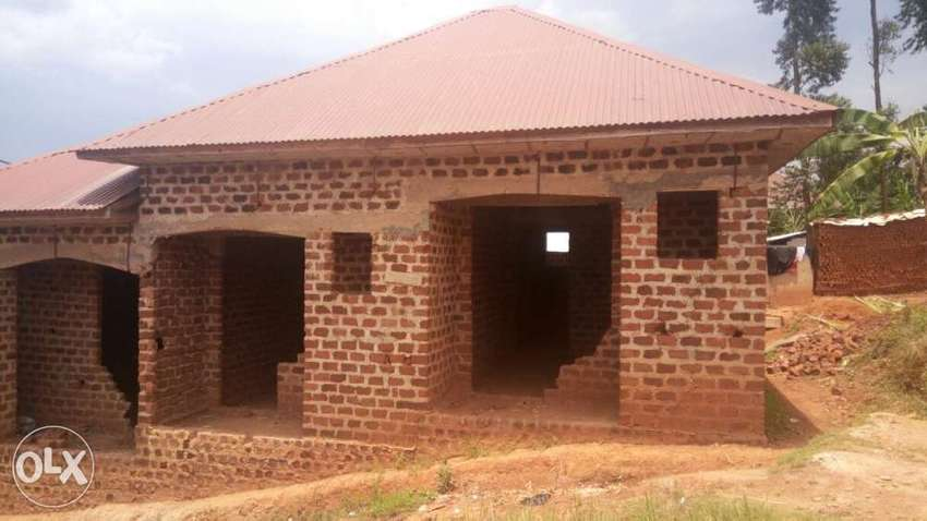 Shell House For Only 25m Ugx 7000 Usd