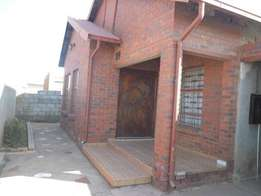 2 bedroom house for sale in Soweto