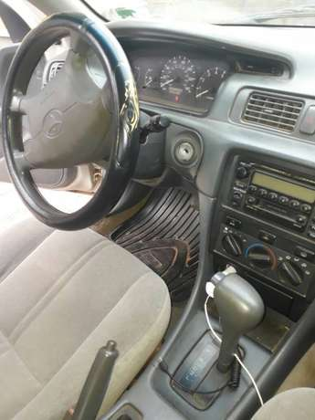 2001 Toyota Camry  - image 3