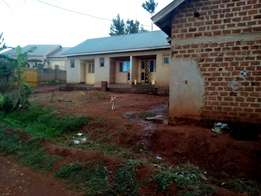 Rentals [6units], 120million, Gayaza, about 1km off tarmac.
