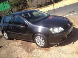 2008 vw golf 5 1.6 black colour 95000km R100000