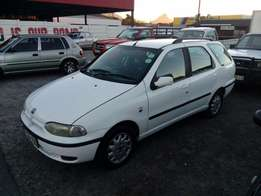 Fiat palio weekend 1.6i 2002 on month end special sale R35000