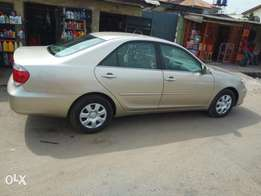 Toyota Camry 2005 model four cylinder engine automatic transmission ac