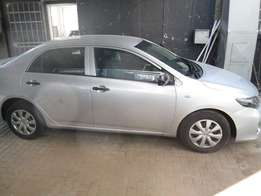 2015 toyota quest 1.6 in excellent condition.