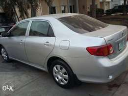 super clean 6months used toyota corolla 2010 model for 2.1m