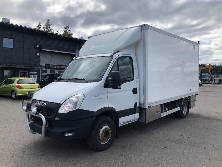 Iveco Daily 70c17 Huoltovarustus - 2013