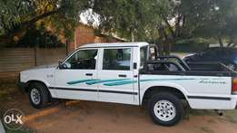 Ford Courier 3L 1997 model..
