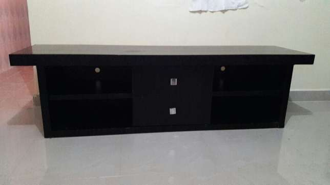 Hard wood mahogany tv stand board from German Drexel&Heritage at 22k Nairobi CBD - image 2