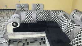 New sofa sets with 7 big pillows