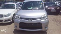 Toyota Sienta New Model Available for Sale