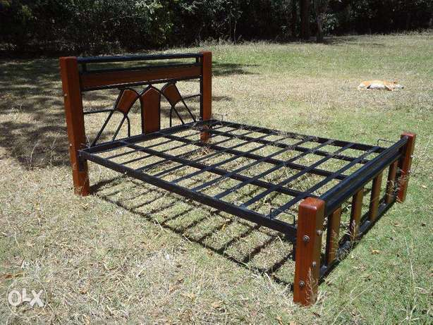 Aged Mahogany and steel bed Karen - image 1