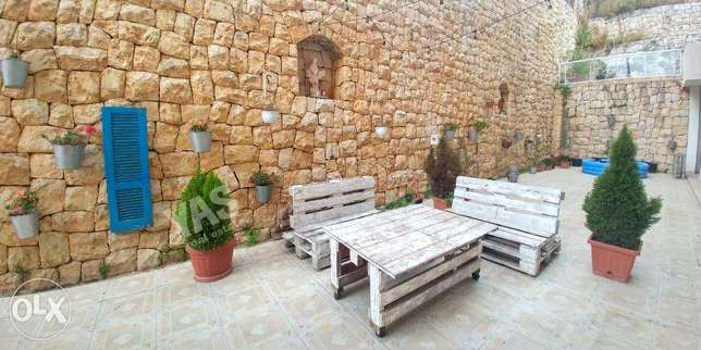 Sheileh 190m2 - 160m2 terrace - perfect condition - upgraded -