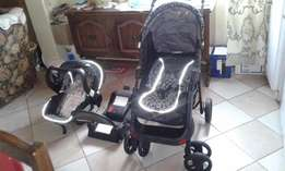 Chelino Travel System with car base