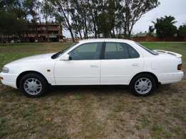 White Toyota Camry 300SEi AT with 228800km