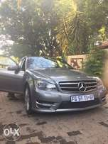 Mercedez benz C200 for sale