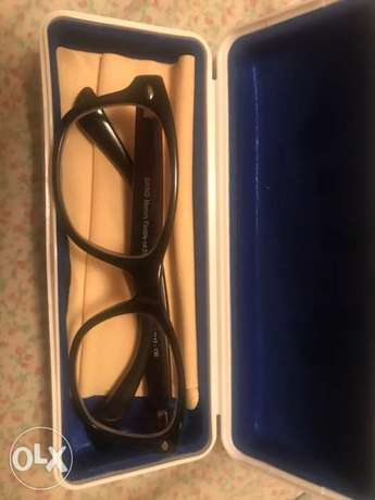 Swing Glasses Good Condition NEGOTIABLE الرياض -  2