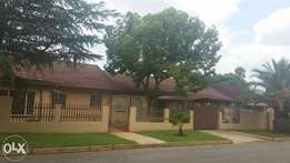 Beautiful house for sell in riviera park mafikeng