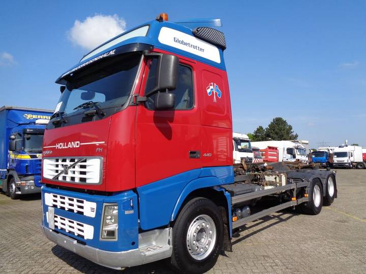 Volvo FH 440 + Manual + 6X2 + 10 TIRES - 2006