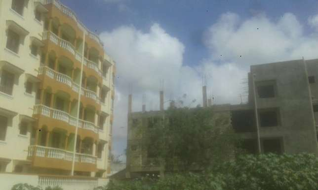 Plot for sale behind kcb mombasa 40by80 Bamburi - image 1