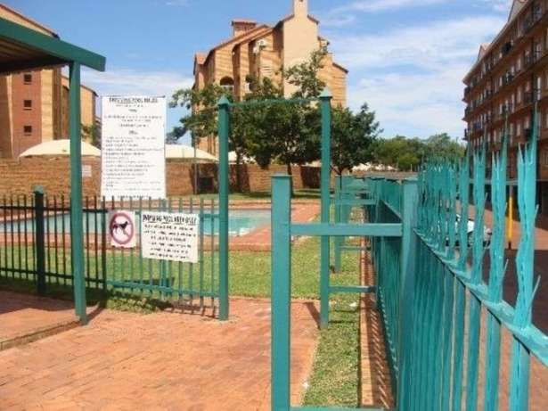 Flat to let Centurion Clubview - image 2