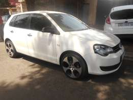 Immaculate condition 2011 VW Polo vivo 1.6 Hatchback with mags