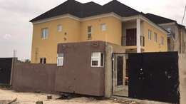 6 bedroom duplex with 3 spacious and well designed living room 70m