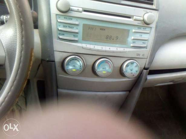 Very clean toyota camry 08 for urgent sales Surulere - image 4