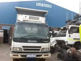 Isuzu Frr 500 Cab Complete Full-Trim Available.(also FSR/FTR/FVR/FVZ)