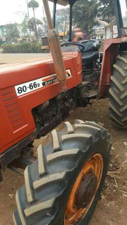 Tractor ford 8066 Thika - image 2