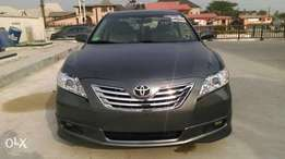 foreign used full option Toyota Camry SE