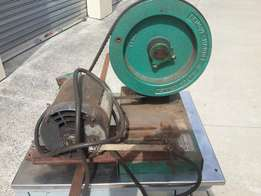 Foley 385 saw retoother ,vintage machinery in good working order