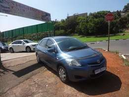 2007 model toyota yaris T3 blue in colour for sale
