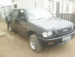 Isuzu double cab with 4y motor
