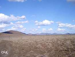 245 acres at Kshs. 320k per acre in Kajiado, near Simba Cement clinker