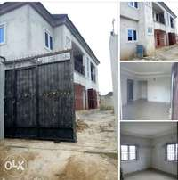 Newly built 2unit 2bedroom & 2unit 1bedroom flats for sale off golf