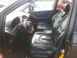 Toks 2002 rx300 accident free