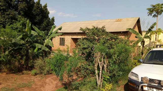 Seated on 120ft by 60ft house with empty land on sale in Gayaza at 58m Wakiso - image 5