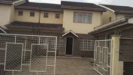 4 Bedroom with SQ for Sale in Syokimau