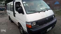 Extreemely sharp and sound Toyota hiace with very sound 2RZ ENGINE