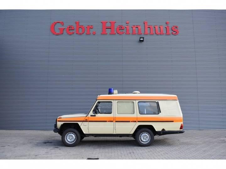 Mercedes-Benz W460 250 GD Krankenwagen 4x4 - 1992