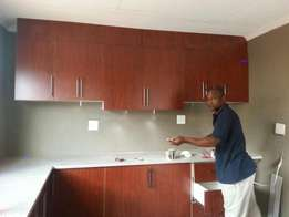 T.l fitted kitchens and wadrobes