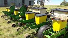 8 row planter for sale