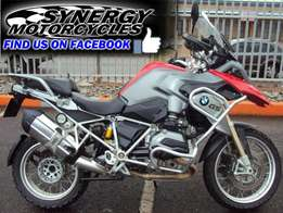 BMW gs 1200 red