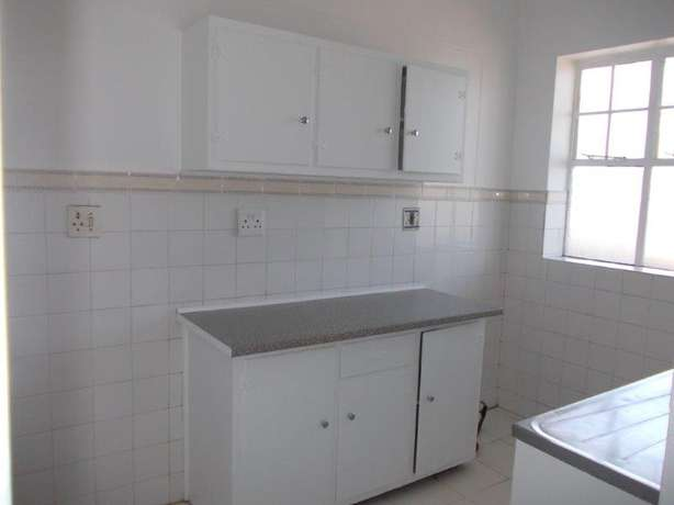1.5 bedroom unit in South Beach Durban - image 4