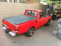 Ford V6 ,cresida gearbox and ls diff. Very for sale R9000