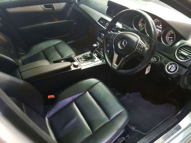2013 Mercedes-Benz C180 BE Avantgarde A/T Newcastle - image 6