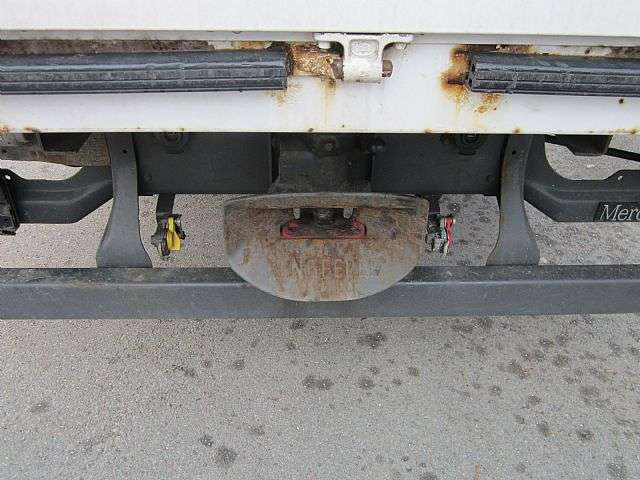 Mercedes-Benz 824 Atego Pritsche Plane 1. Hand Klima AHK - 2010 - image 7